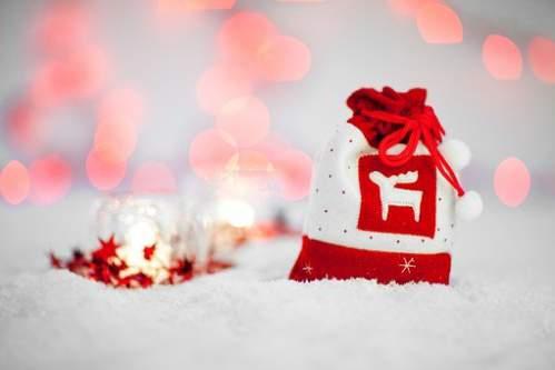 Addobbi natalizi bianco rosso effetto neve