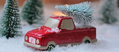 Modellino Pick up con albero di Natale