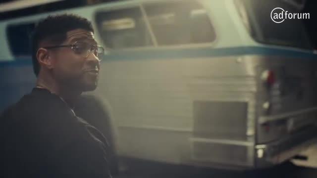 Rémy Martin X Usher. Team Up for Excellence