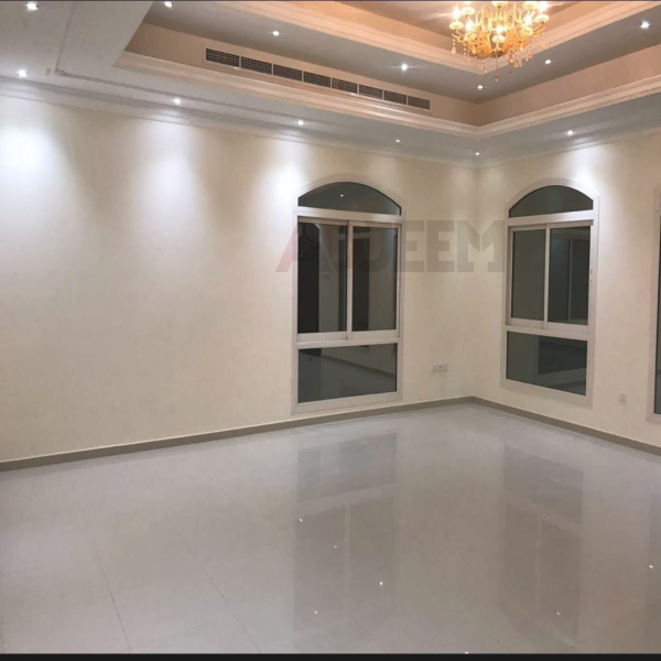 Room for rent in Villa for Couple or Executive