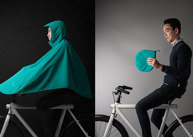 Empresa lança capa de chuva ciclística que cabe na bolsa