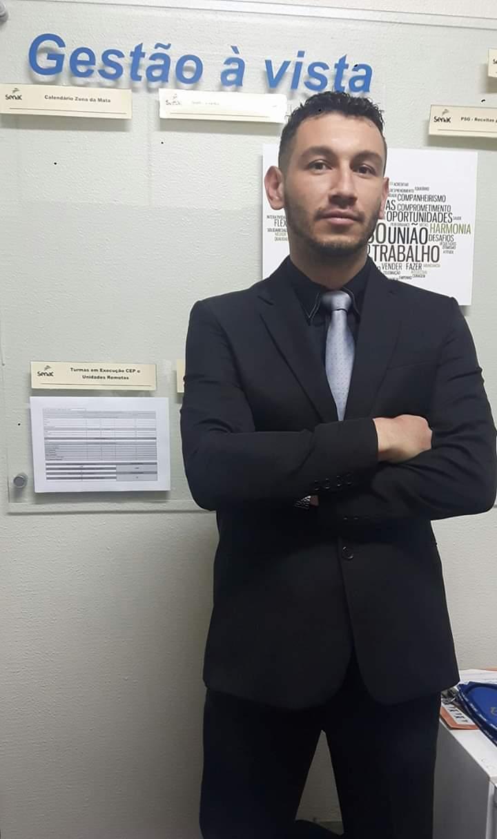 Resultado de imagem para Luiz Smargiassi Luiz Smargiassi