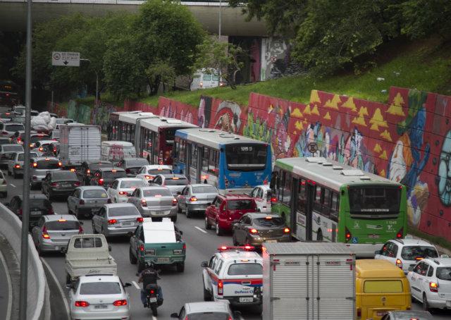 Brasil tem três capitais entre as mais congestionadas do mundo