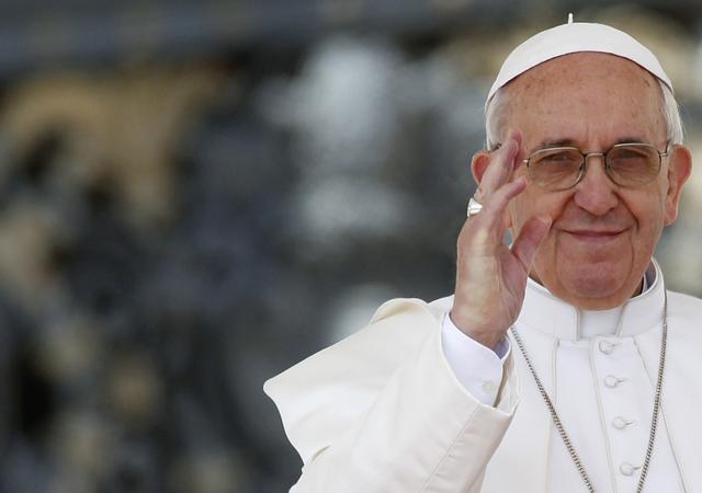 Papa visitará comunidade no Rio e vai a Aparecida em viagem ao Brasil