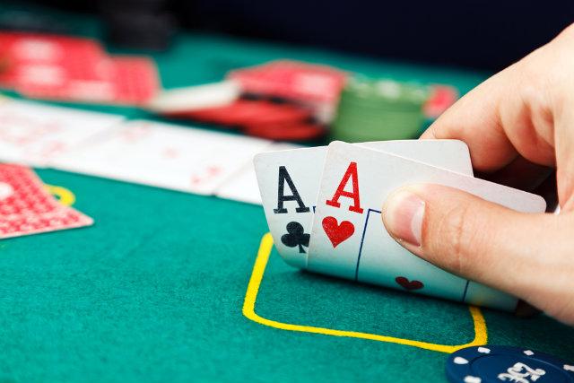 Antes visto como jogo de azar, pôquer se torna disciplina em universidades