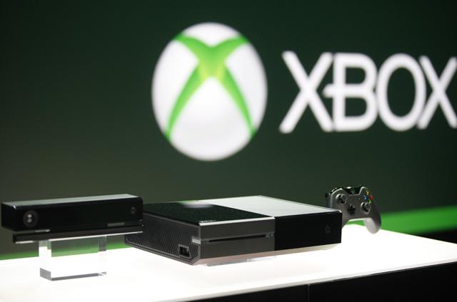 Enquanto Xbox One mostra instabilidade, PS4 conquista público