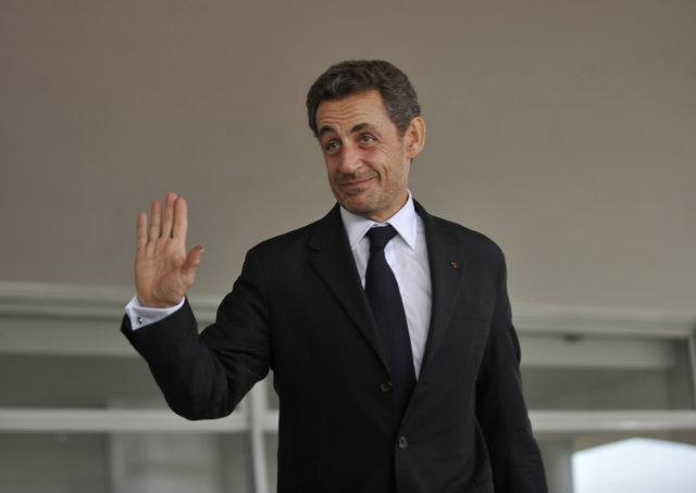 Ex-presidente francês é detido para interrogatório sobre vazamento de inquérito