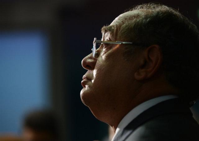 Gilmar Mendes diz que TSE favorece governo e STF corre risco