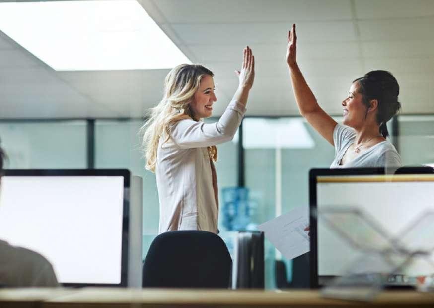 11 formas de manter seus relacionamentos profissionais fortes (mesmo quando parece impossível)