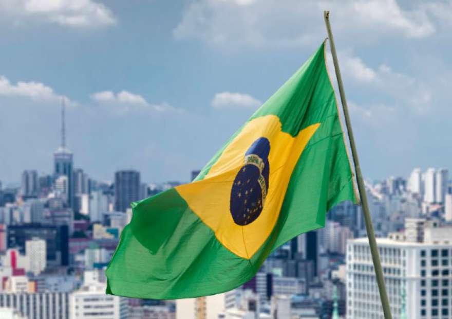 Cadê meu Brasil brasileiro?