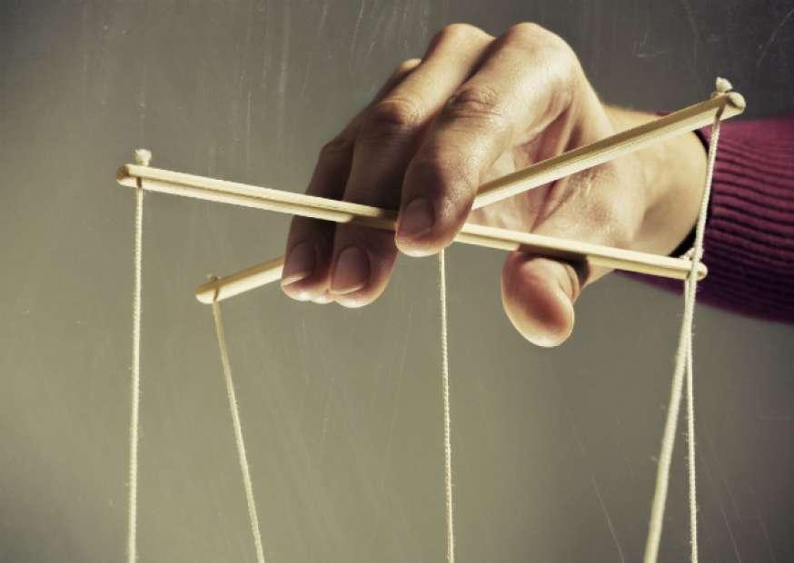 Como identificar e neutralizar manipuladores