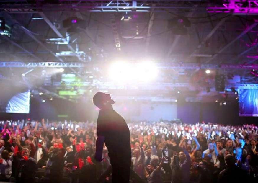"""'Eu não sou seu guru"""": o documentário do Tony Robbins"""