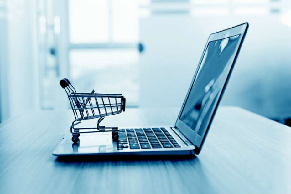 E-commerce no vestuário transforma jornada do cliente
