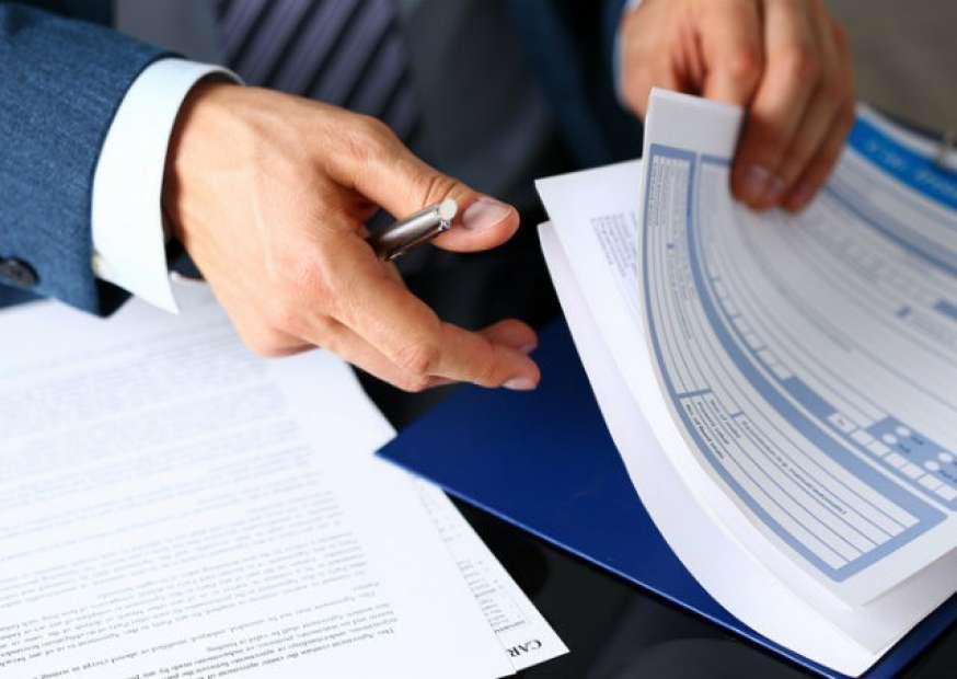 Cessão e licença de uso: conheça a diferença entre os contratos