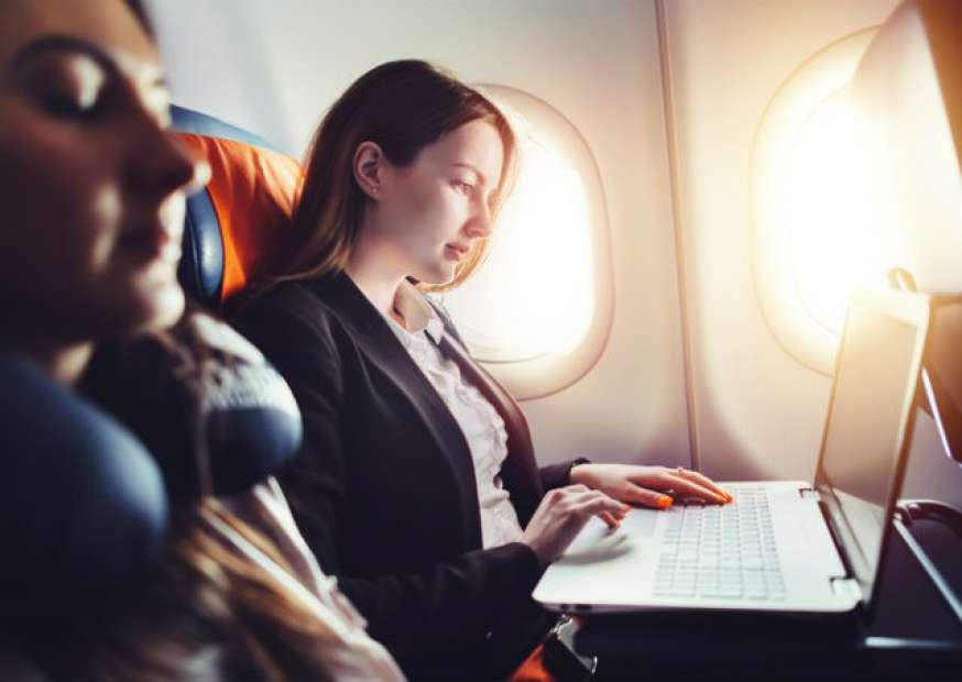 Por que o PÓS ADM FGV é ideal para quem trabalha viajando