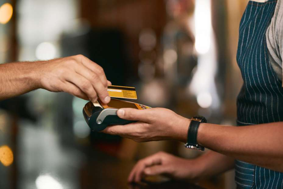 6 mitos sobre o uso do débito no Brasil