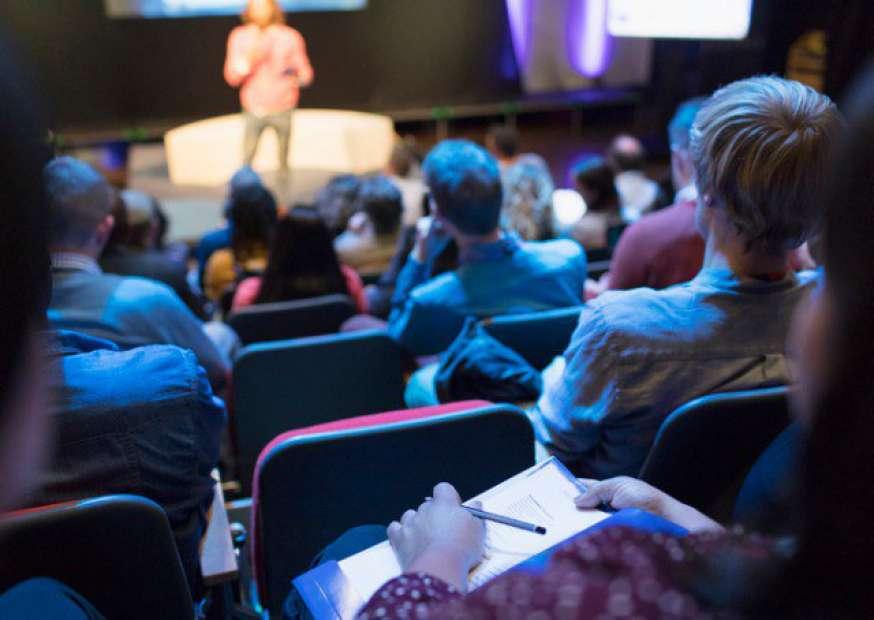 Sandro Magaldi realiza masterclass sobre a necessidade da transformação cultural nas empresas