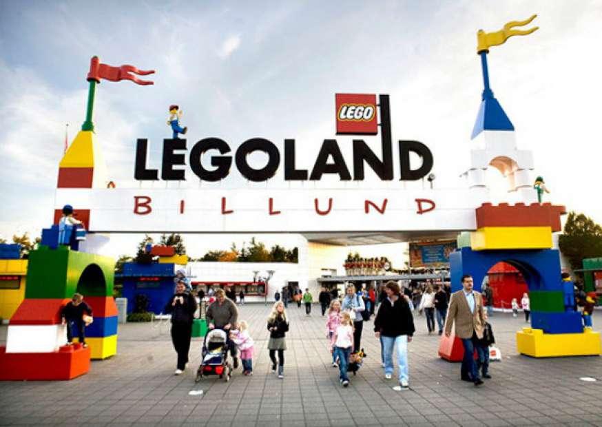 Veja o parque de diversões construído com 59 milhões de peças de LEGO