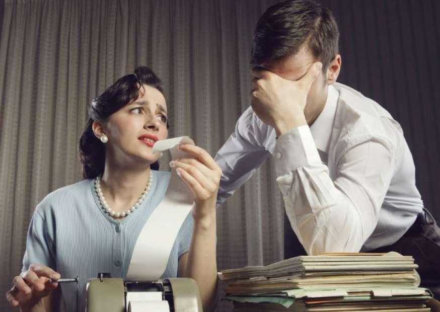 Inadimplência está ligada a maus hábitos financeiros, segundo SPC Brasil