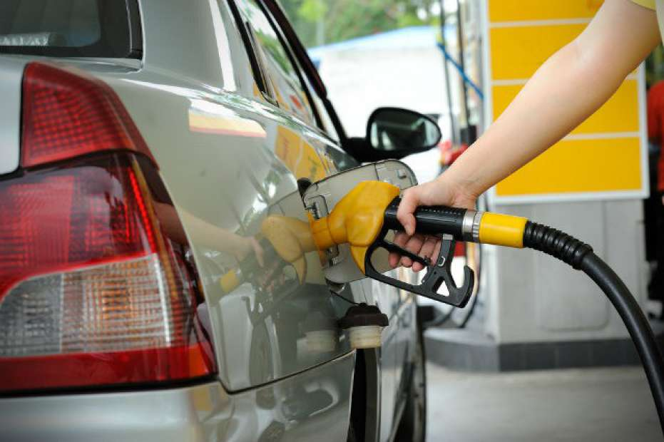 Gargalo no refino torna Brasil dependente de combustíveis de EUA e Índia