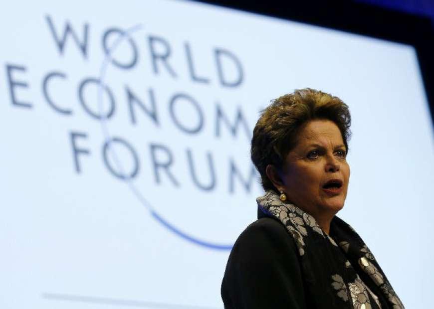 """Em Davos, Dilma apresenta Brasil como """"fronteira de negócios"""""""