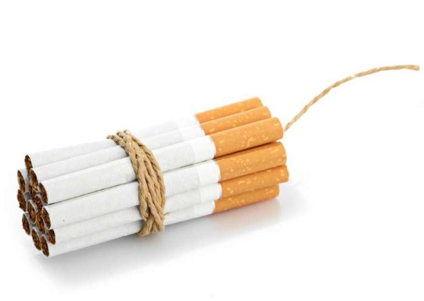 CVS vira primeira rede de farmácias dos EUA a suspender venda de cigarros