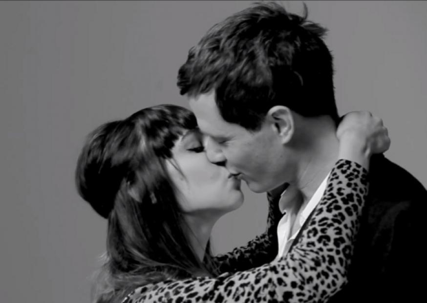 Por que o vídeo First Kiss alcançou mais de 23 milhões de views no YouTube?