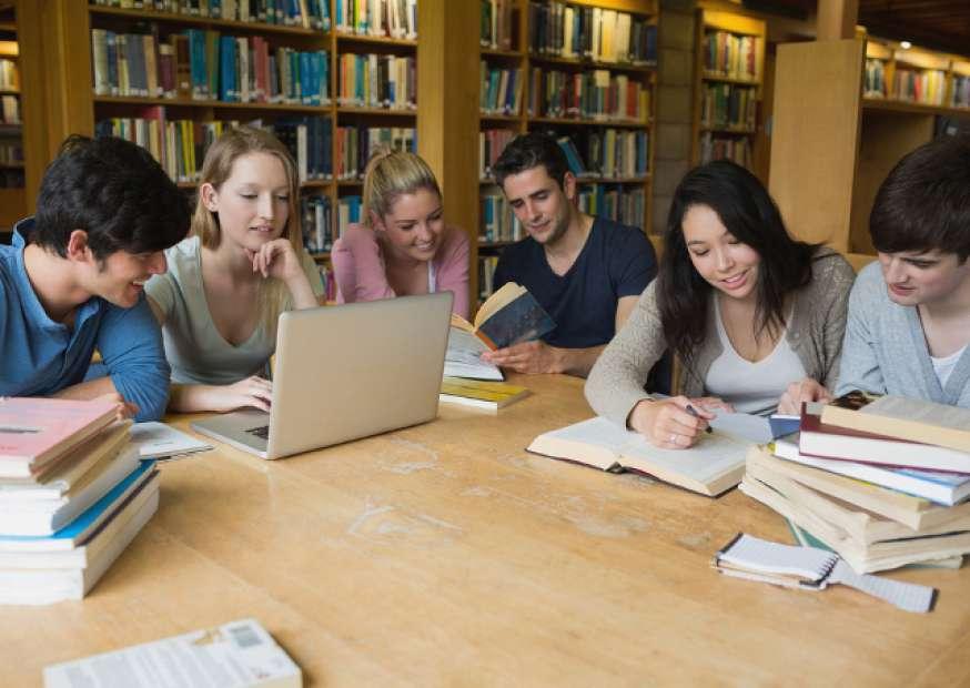 Unicasa abre programa de trainees 2014