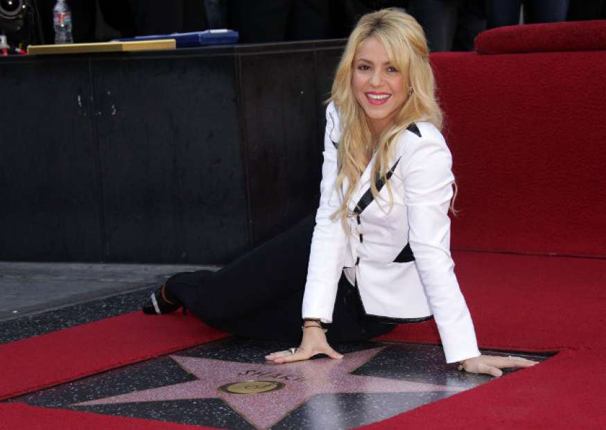 Danone recorre a Shakira para alavancar vendas do iogurte Activia