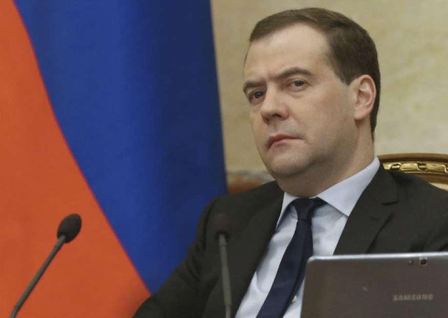 Premiê russo diz que Ucrânia deve US$16 bi à Rússia, segundo agências