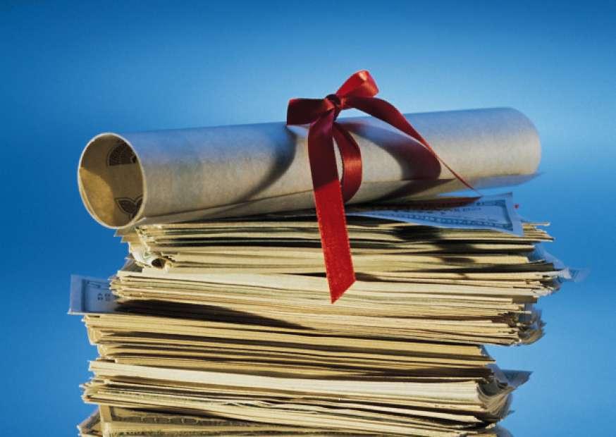 Pesquisa aponta quais diplomas são mais valorizados no mercado