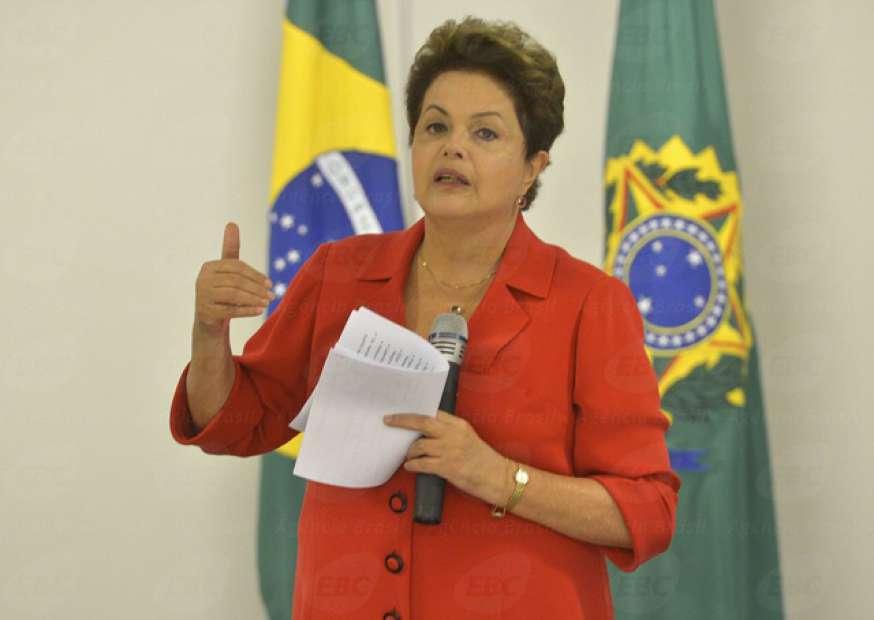 Não dá para explicar por que a economia do Brasil cresce tão lentamente, diz Dilma
