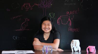 Para ajudar o avô com Parkinson, menina de 11 anos cria linha de canecas