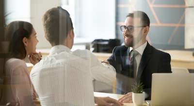 Como se tornar um consultor empresarial rapidamente