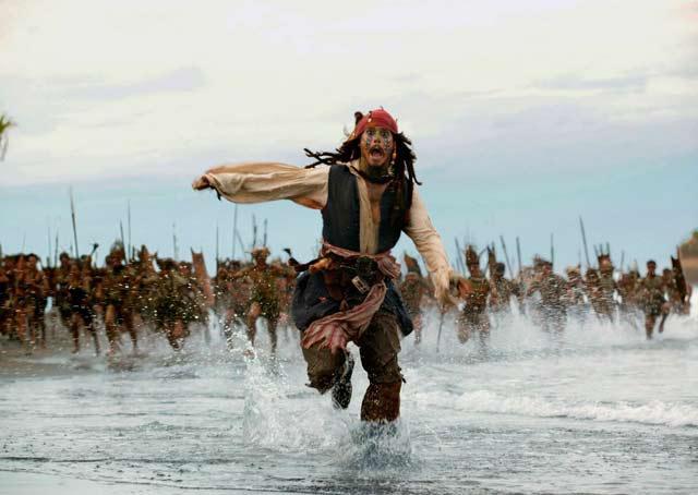 A falência de Johnny Depp diz muito sobre você, brasileiro