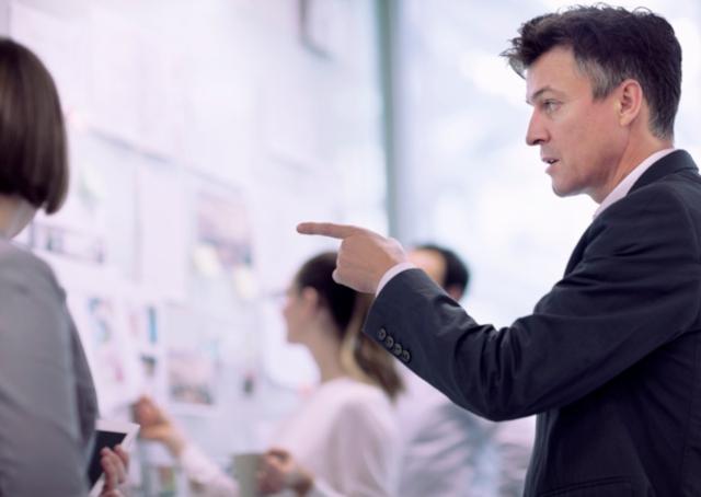 Programas de transição: como acelerar a integração de novos executivos