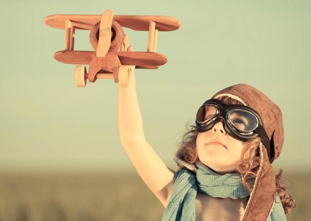 Somos a geração ideal: a que tudo idealiza e nada realiza