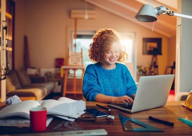8 dicas para se organizar e estudar online