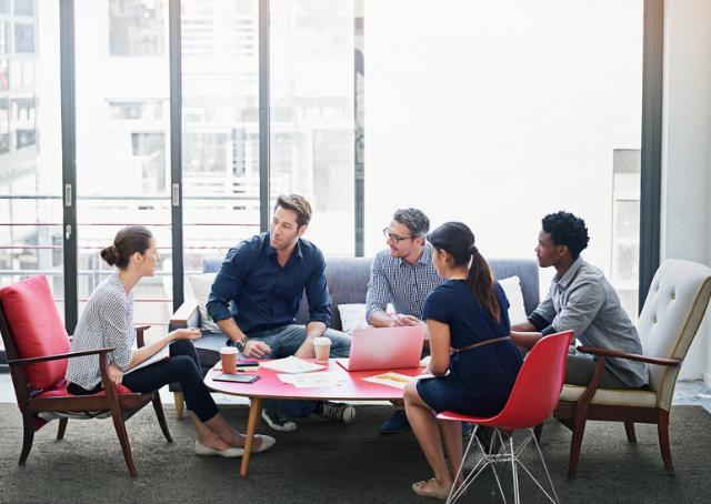 7 atitudes que você deveria levar para uma reunião