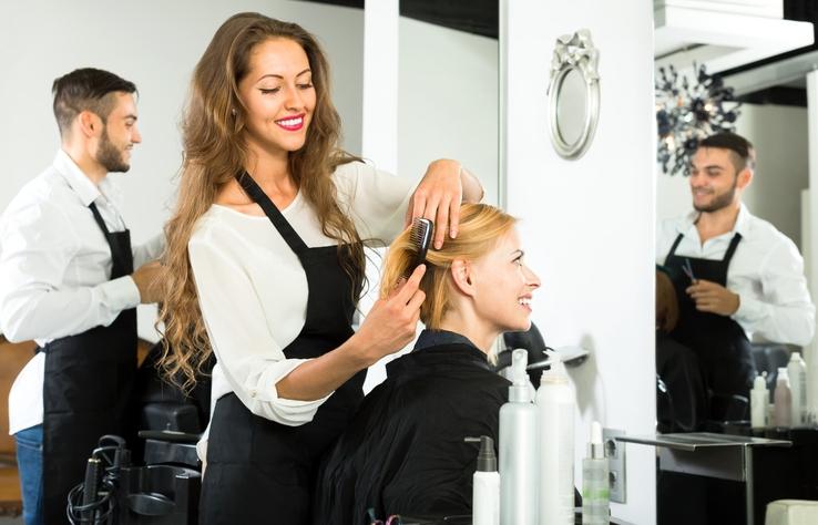 O que muda com a lei que regulamenta a relação entre profissionais de estética e salões de beleza