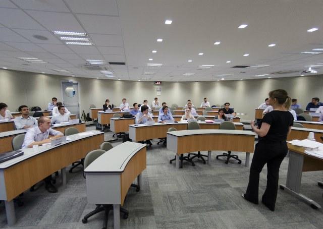Mestrado Profissional ou MBA Executivo: como escolher o melhor modelo de pós-graduação?