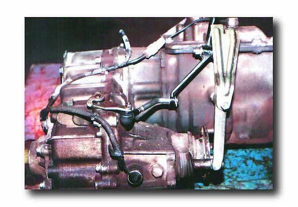 50-0211 : GM NV4500 4WD to Toyota Land Cruiser 10 spline