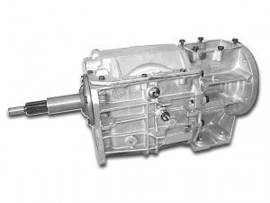 712533 : Chevy V8 to Jeep T4, T5 and SR4 Transmission Adapter Kit
