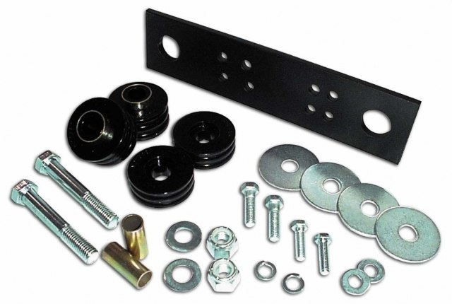 716008 : Wrangler Crossmember Mount Kit Transmission / Transfercase mount