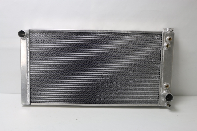716694-RAD : Radiator 1982-93 S10 with GM V8 (built in trans cooler)