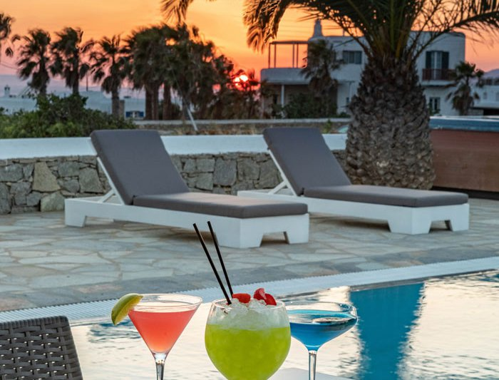 Our delicious cocktails with the view at the pool