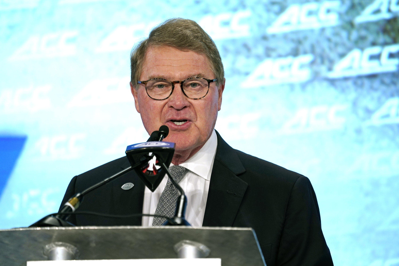 commissioner john swofford spoke - HD3000×2000
