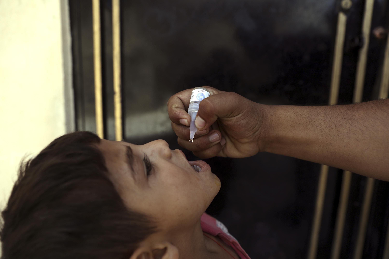 Attacks target polio teams in east Afghanistan, 5 killed