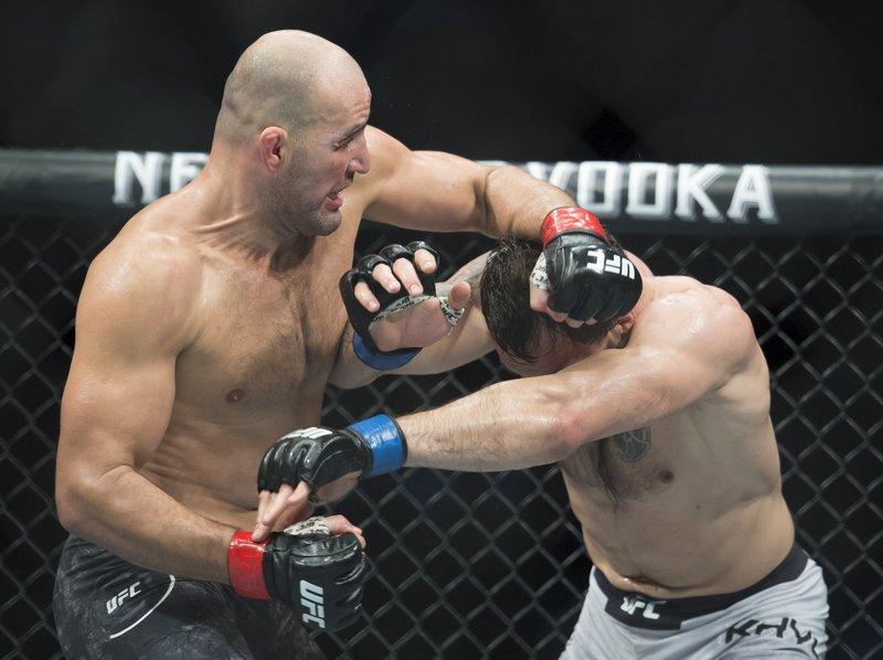 Teixeira upsets Smith to cap UFC's 2nd Jacksonville show