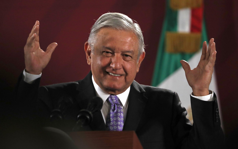 """Mexico president says """"El Chapo"""" had same power as president"""